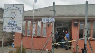 Photo de Afrique du Sud: une femme abattue par son mari dans un poste de police
