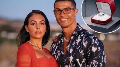 Photo de Ronaldo offre la bague de fiançailles la plus chère jamais achetée par un footballeur-Voici le Top 10