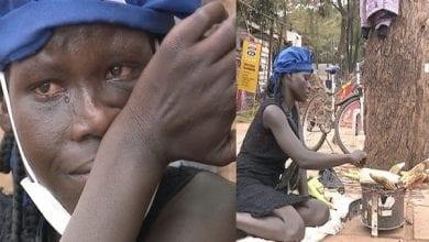 Photo de Ouganda: émouvante histoire d'une enseignante contrainte de braiser du maïs dans la rue