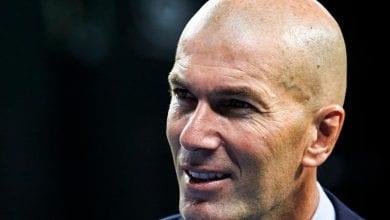 """Photo de Real Madrid : Zidane gagne le """"clasico"""" et sauve sa tête !"""