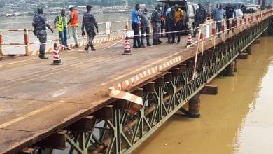 Photo de 4e Pont d'Abidjan / Un véhicule 4×4 plonge dans la lagune : les 3 personnes à bord décédées