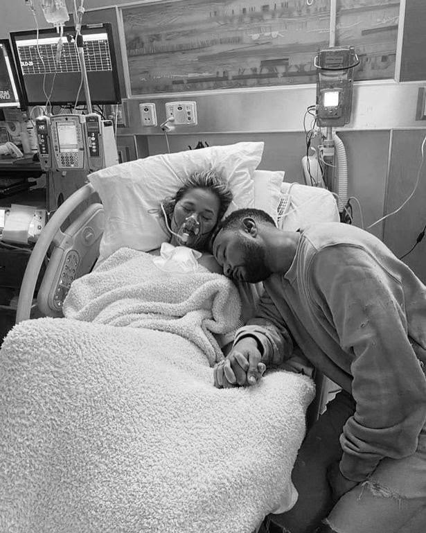 John Legend et sa femme perdent leur 3e enfant peu de temps après sa naissance