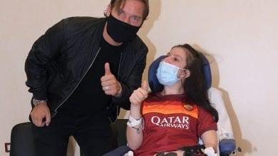 Photo de Une supportrice de l'AS ROMA sort d'un coma de 9 mois après avoir entendu la voix de Francesco Totti