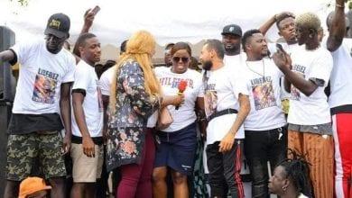 Photo de Manifestion à Abidjan pour la libération de Sidiki Diabaté, Général Makosso, Yvidero … sont de la partie – Photos