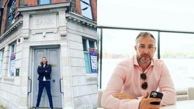 Photo de Il achète la banque qui a refusé de lui accorder un prêt de 12 800 dollars il y a 17 ans