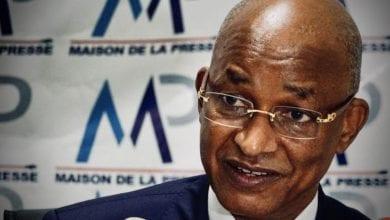 """Photo de Cellou Dalein Diallo défie Alpha Condé: """"La force populaire finira par l'emporter"""""""