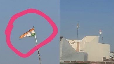 """Photo de Inde: un garçon de 10 ans et sa mère arrêtés pour """"insulte au drapeau national"""""""