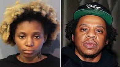 Photo de Une femme arrêtée après s'être glissée dans un avion dans le but de rencontrer Jay-Z