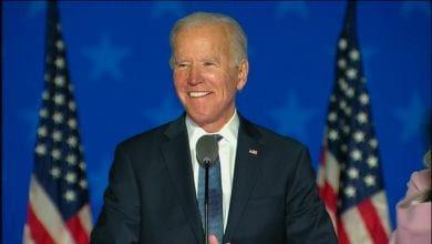 Photo de Joe biden reçoit plus de votes que tout autre candidat dans l'histoire des États-Unis