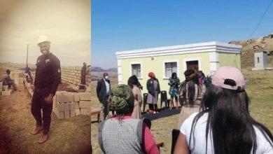Photo de Afrique du Sud: une communauté construit une maison pour une famille en difficulté