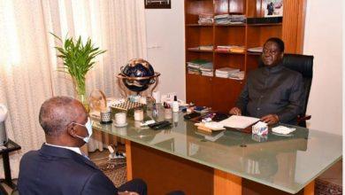 Photo de Côte d'Ivoire/ Bédié et Adama Tounkara, Grand Médiateur de la République, se parlent