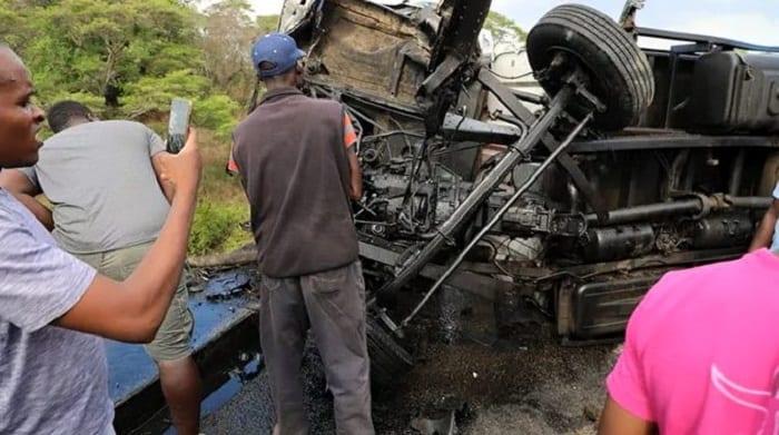 Zimbabwe: 14 membres de 2 familles périssent dans un terrible accident de la route