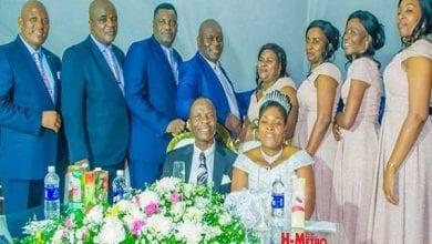 Photo de Zimbabwe: un pasteur épouse sa secrétaire quatre mois après le décès de sa femme, l'église s'indigne