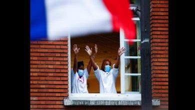 Photo de France: des centaines de travailleurs immigrés obtiennent la citoyenneté