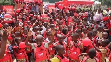 Photo de itel Happy Tour: la marque de téléphone itel connecte au sourire 300 élèves et familles à Yopougon !