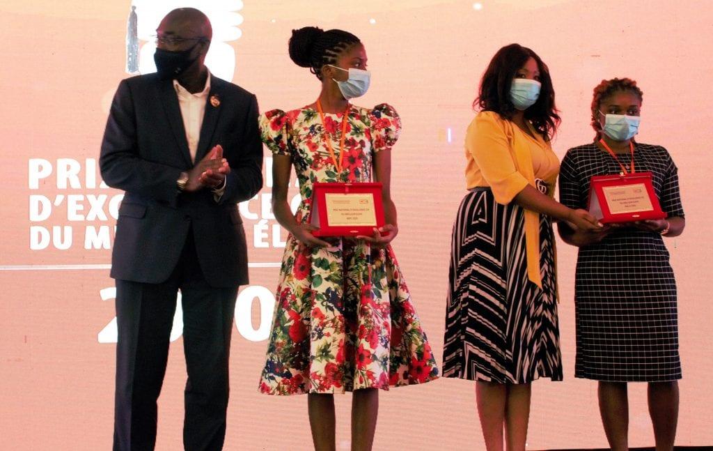 Côte d'Ivoire/Prix national d'excellence du meilleur élève 2020 : la CIE prime 9 élèves