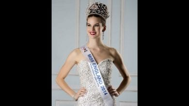 Photo de Une ex Miss Angleterre devient scientifique et lutte contre la Covid-19