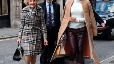 Photo de Londres/ Elle divorce, réclame 329 milliards et poursuit son mari et son fils en justice