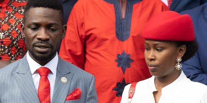 Ouganda: l'épouse d'un candidat à la présidence torturée et déshabillée par la police
