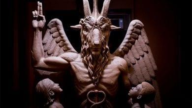Photo de États-Unis : l'église de Satan incendiée, ses membres promettent un sortilège aux coupables