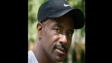 Photo de USA: Après avoir passé 28 ans en prison pour un meurtre qu'il n'a pas commis, il reçoit un important dédommagement